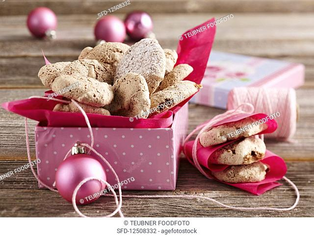 Walnut and chocolate macaroons as a gift