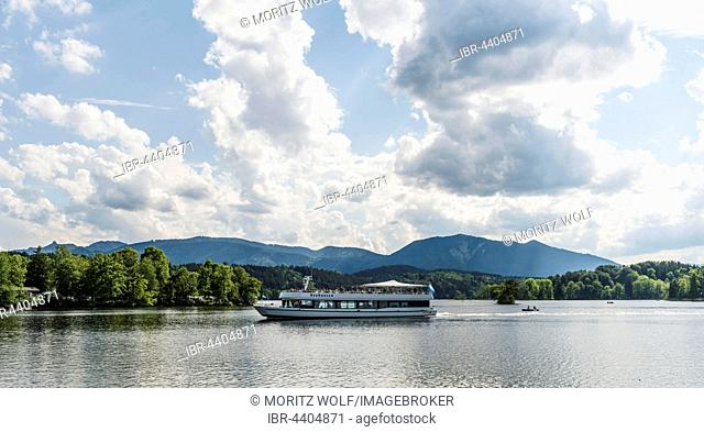 Ferry crossing Lake Staffelsee, Murnau, Upper Bavaria, Bavaria, Germany