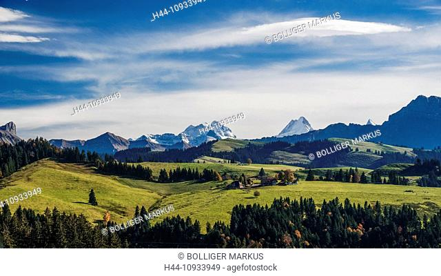 Farmhouse, farm, mountain court, Blappach, Emmental, Föhn, foehn, clouds, house, home, sky, court, yard, canton Bern, Bern, man-made, cultural, landscape