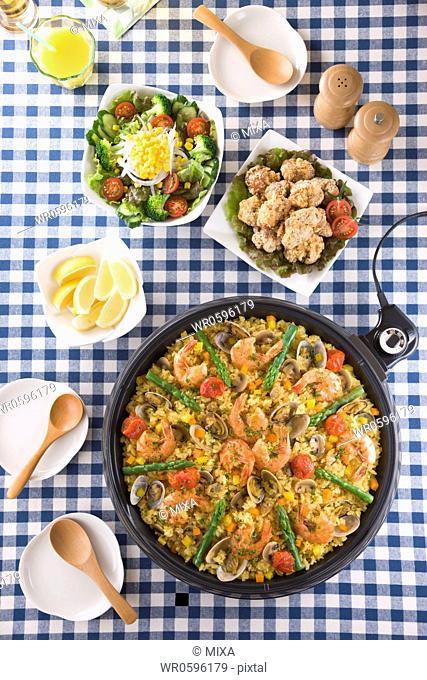 Paella on Hot Plate