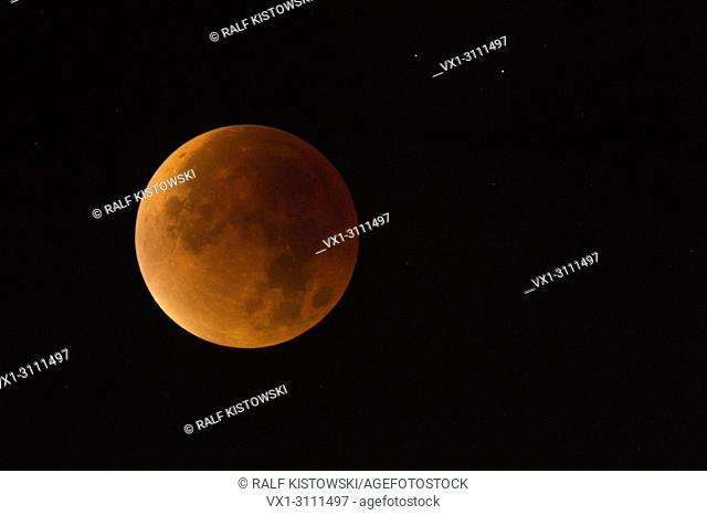 Lunar Eclipse, Red supermoon, Blood moon / Blutmond, 28th September 2015