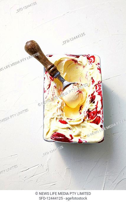 Plum and raspberry ice cream