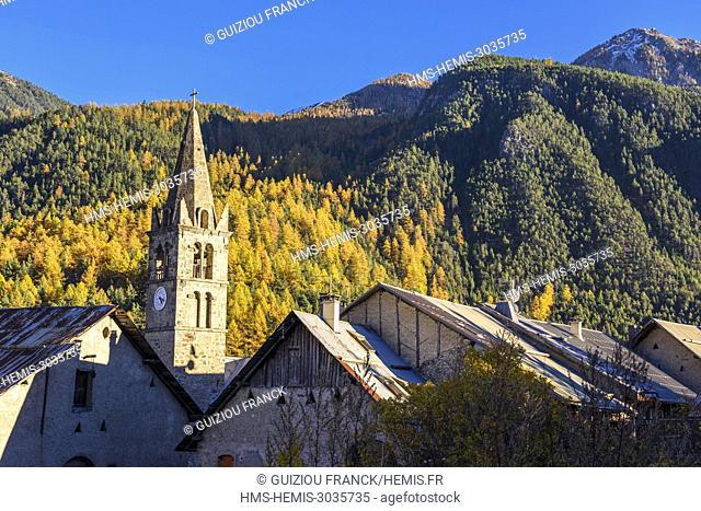 France, Hautes-Alpes, Briançonnais, Claree valley, La Vachemmete hamlet, 17th century Notre-Dame de lâ??Annonciation church