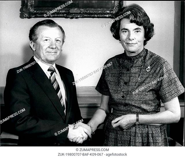 Jul. 07, 1980 - Lady Mountbatten presents Cheque on behalf of the NSPCC: Countess Mountbatten of Burma (formerly Lady Brabourne)