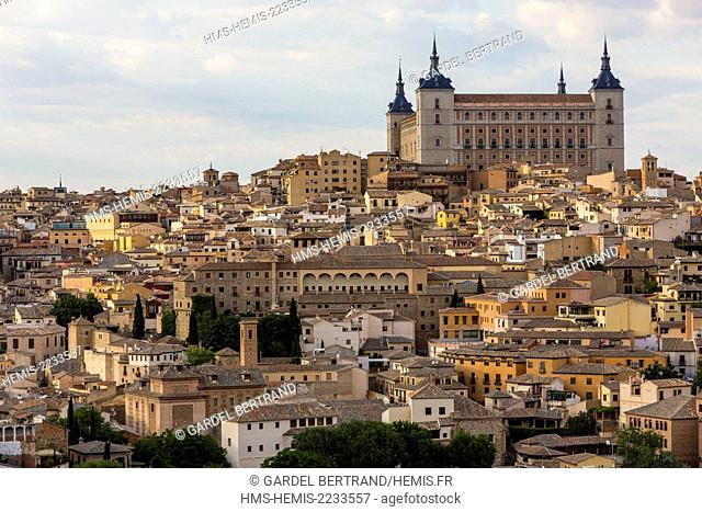 Spain, Castilla La Mancha, Toledo, historical city listed as World Heritage by UNESCO, surronded by the Alcazar