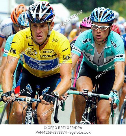 ... Team Bianchi congratulates US Postal · PAH-7373268. Image  RM. (dpa) -  The frontrunners of the Tour de France 9418ead8d