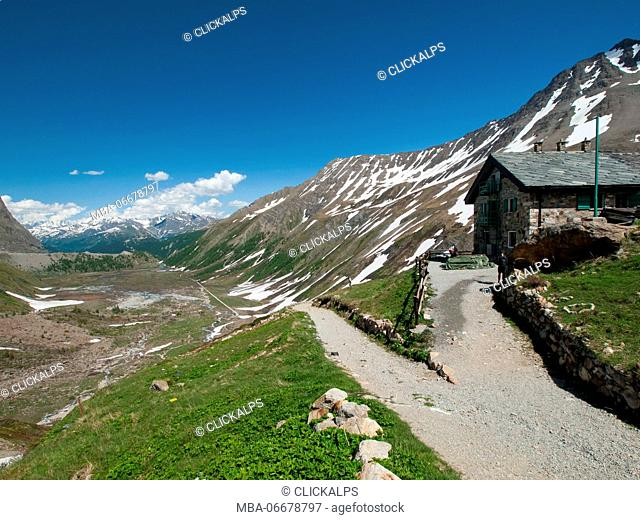 Europe, Italy, Valle d'Aosta. Refuge Elisabetta