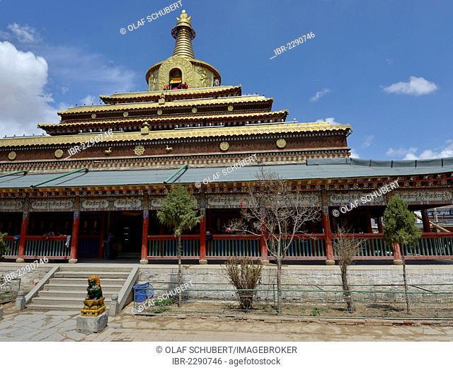 Tibetan Buddhism, large golden stupa, large golden stupa in the Labrang Monastery, kora at the Labrang Monastery, Xiahe, Gansu, formerly Amdo, Tibet, China