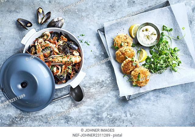 Seafood in pot