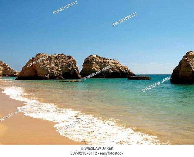 Colourful rocks on the Algarve coast