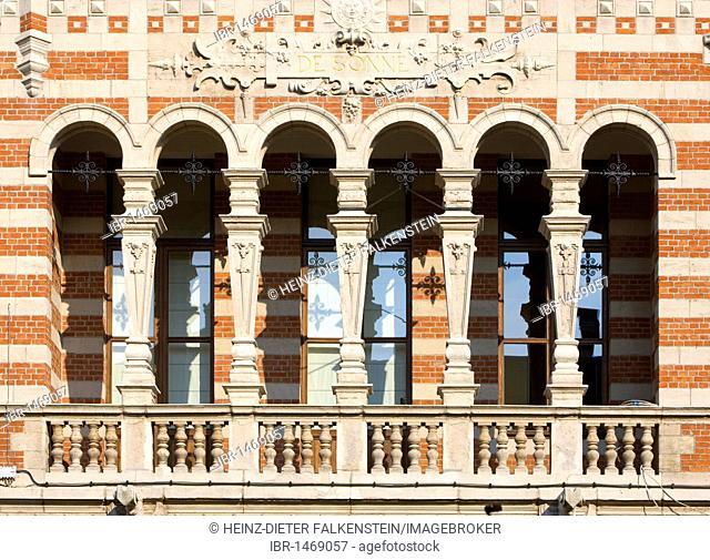 Architecture, detail, art nouveau, Berchem, Zurenborg, Cogels-Osylei, Transvaalstraat, Waterloostraat, Antwerp, Flanders, Belgium, Europe