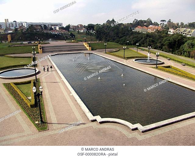 curitiba tangua park fountain