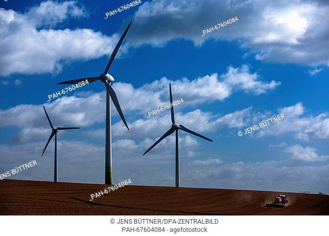 Afield with windmills of different manufacturers in Gaegelow, Germany, 19 April 2016. Today, the Ministry for Energy presents the programme for this year's...