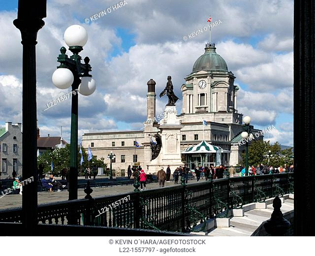 Dufferin Terrace is a gazebo located in the Upper Town of Québec adjoining the Chateau Frontenac at the foot of the Citadel. Québec city