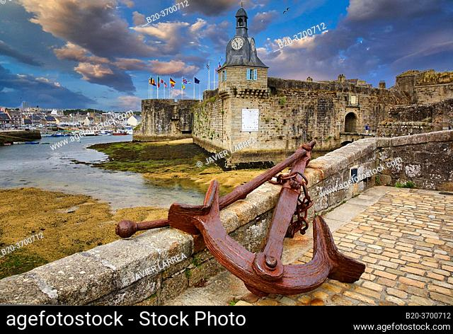 The old Ville Close, Concarneau, Bretagne, Brittany, France