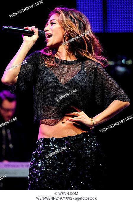 Nicole scherzinger live free Stock Photos and Images | age