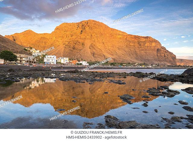Spain, Canary Islands, La Gomera island declared a Biosphere Reserve by UNESCO, Valle Gran Rey is the most popular searesort of the island, La Playa area