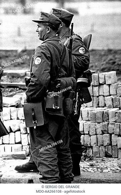 Soldiers in East Berlin. Some German soldiers controlling the Berlin Wall in the Eastern sector. East Berlin, August 1961
