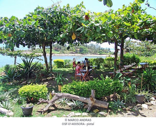 people resting at espirito santo park