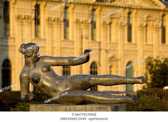 France, Paris, Carrousel Garden, L'Air, statue by Maillol, the Louvre in the background
