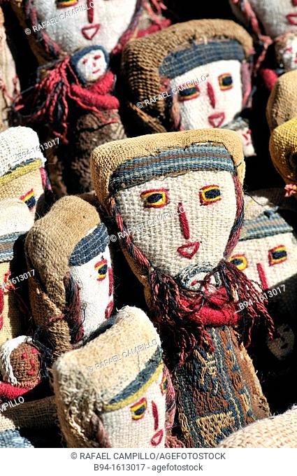Dolls. Tarabuco, Bolivian town in the department of Chuquisaca, capital of the Yamparáez Province and its first section, Tarabuco Municipality