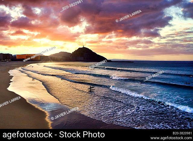 La Zurriola beach, Kursaal center, Donostia, San Sebastian, Gipuzkoa, Basque Country, Spain