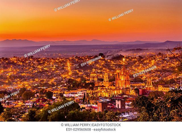 San Miguel de Allende, Mexico, Sunset Miramar, Overlook Parroquia Archangel Church CChurches Houses