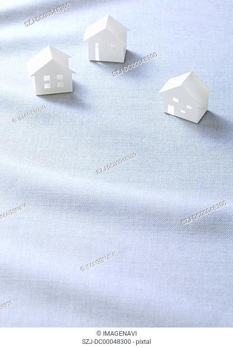 Miniature houses Ecology image