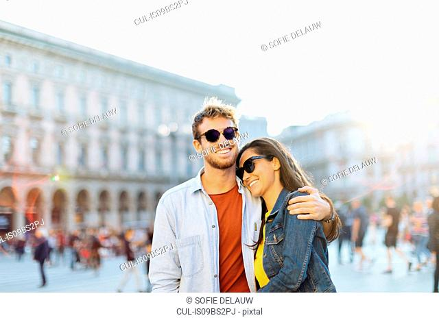 Couple sightseeing, Piazza del Duomo, Milan, Italy