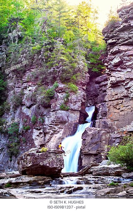 Hiker looking at linville falls, Blue Ridge Parkway, North Carolina, USA