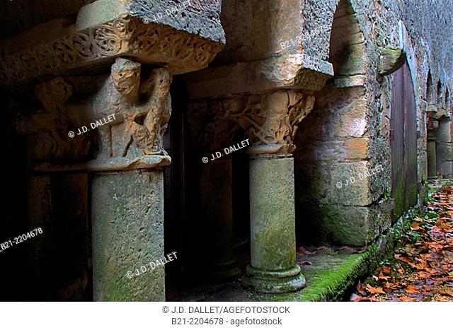 Abbey of Saint Pierre es Liens (11th century), Tourtoirac, Dordogne, Aquitaine, France