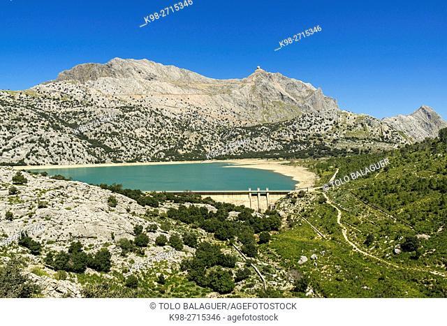 Cuber, artificial water reservoir located on the slopes of Puig Major, Escorca, natural park of Sierra de Tramuntana, Majorca, Balearic Islands, Spain