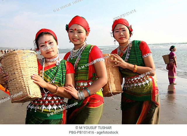 The members of Tripura Tribal performing dance in the occasion of tribal festival at Cox's Bazar About 75000 Tripura living in Bandarban