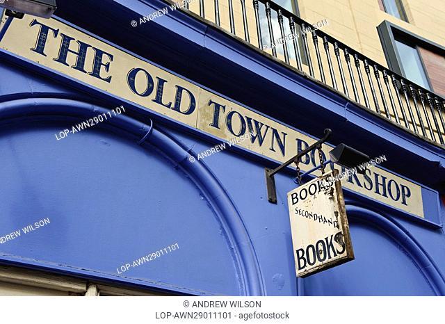 Scotland, City of Edinburgh, Edinburgh. The Old Town Bookshop in Victoria Street