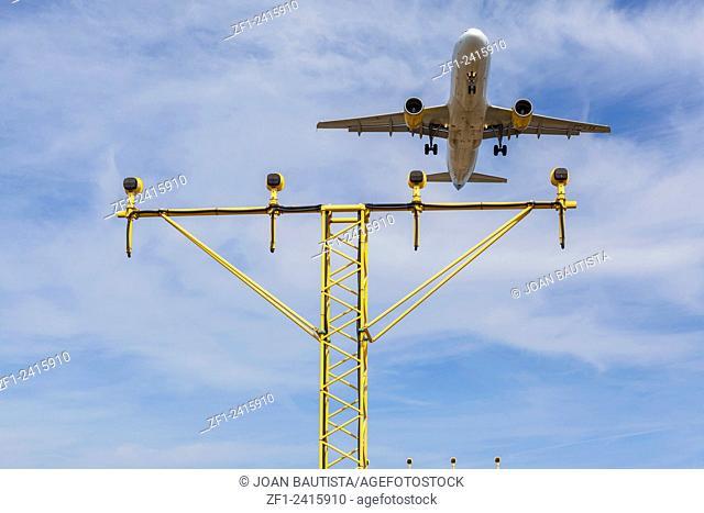 Airplane landing in El Prat, Barcelona