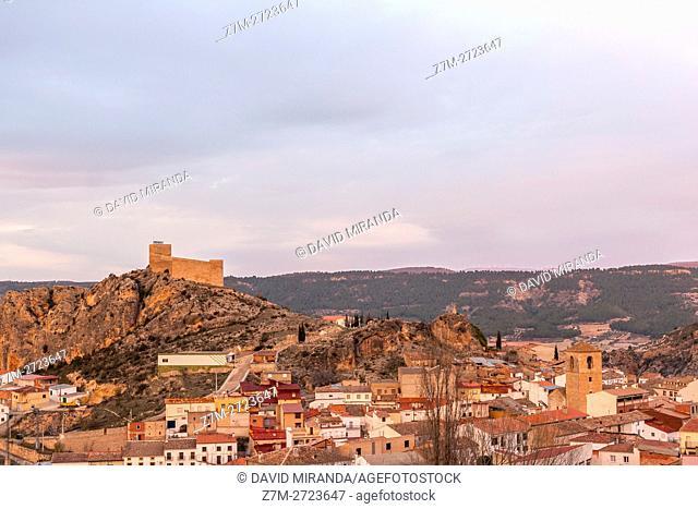 Enguídanos Castle. Cuenca province, Castile la Mancha, Spain