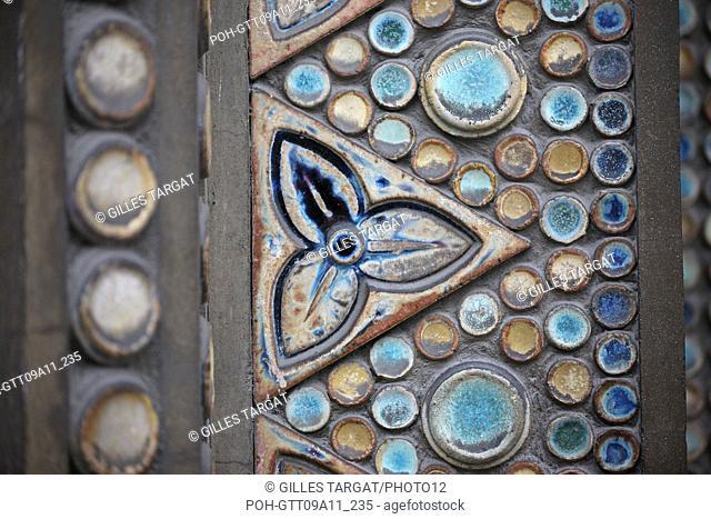 tourism, France, paris 18th arrondissement, saint jean de montmartre church, 21 rue des abbesses, street, anatole de baudot architect, religious building