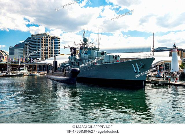 Australia, Sydney, war ship in front of the Maritime Museum in Darlin Harbour
