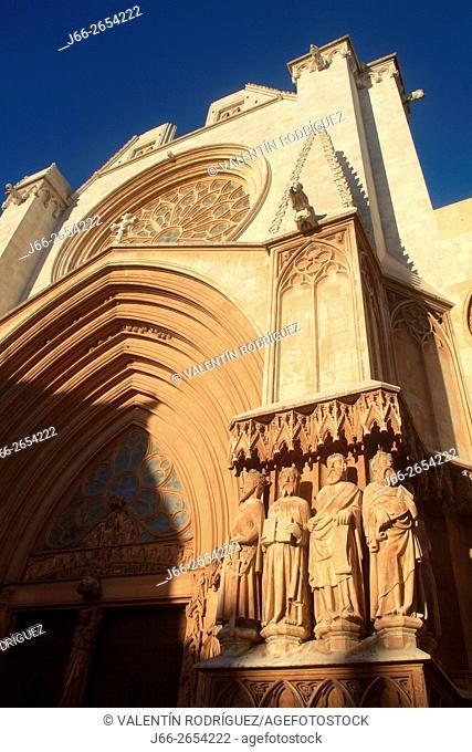 Cathedral Basilica of Santa María, early Gothic, (s. XII - XIV). Tarragona