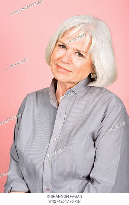 Woman in a grey shirt