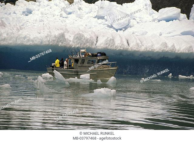 USA, Alaska, Inside passage, Tracy Arm,  Fjord, fisher boat,  North America, Pacific, sea, water, ice floes, ice, glaciers, glacial ice, Eismassen, nature
