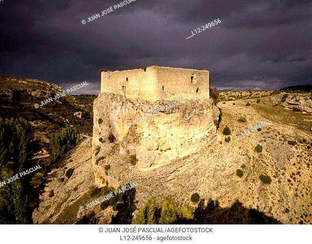 Castle. Arbeteta. Guadalajara province. Spain