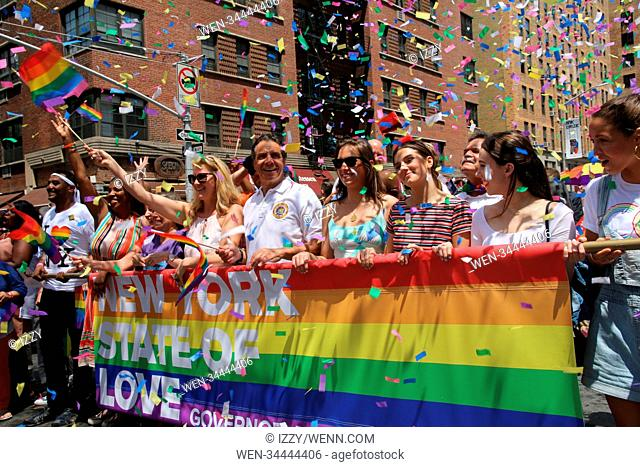 2018 New York City Pride Parade Featuring: Sandra Lee, Governor Andrew M. Cuomo, daughters Where: New York, New York, United States When: 24 Jun 2018 Credit:...