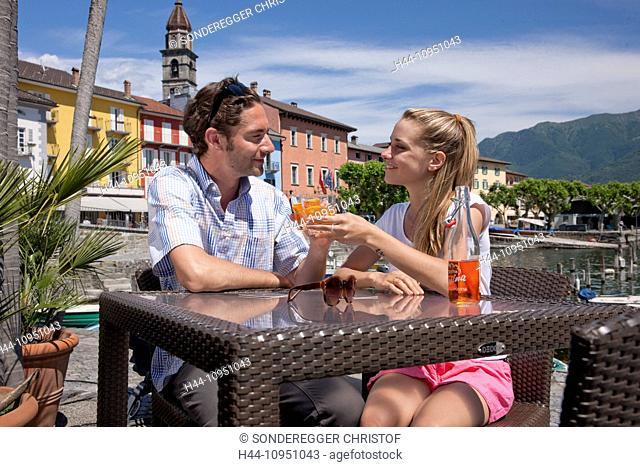 Switzerland, Europe, river, flow, brook, bodies of water, waters, lake, summer, canton, TI, Ticino, Southern Switzerland, Lago Maggiore, Ascona, village, couple