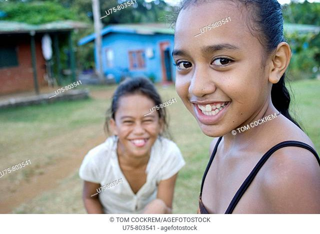girls on atiu island, Cook Islands