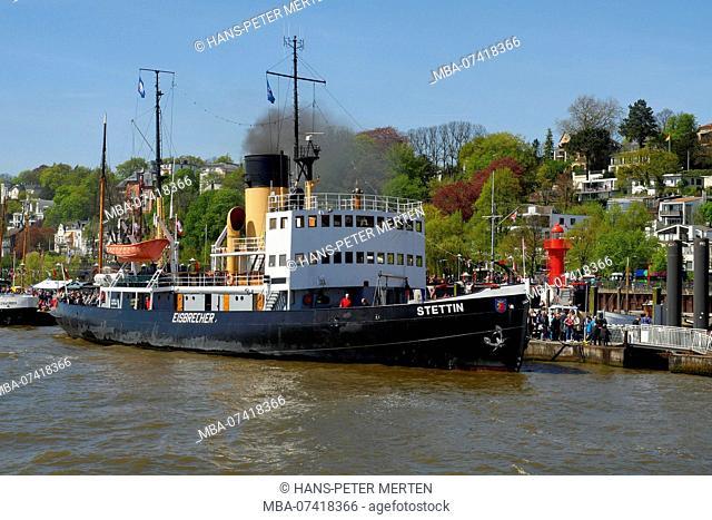Steam icebreaker Szczecin in the museum harbor Övelgönne, Elbe, Othmarschen, Hamburg, Germany