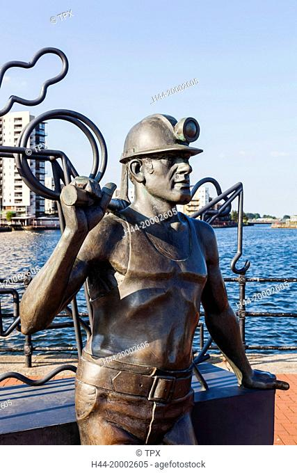 Wales, Cardiff, Cardiff Bay, Sculpture titled From Pitt to Port by John Clinch Arca