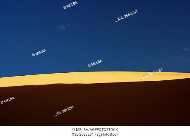 Contrast dune. Oued Tin Tarabine. Tassili Ahaggar. Sahara desert. Algeria