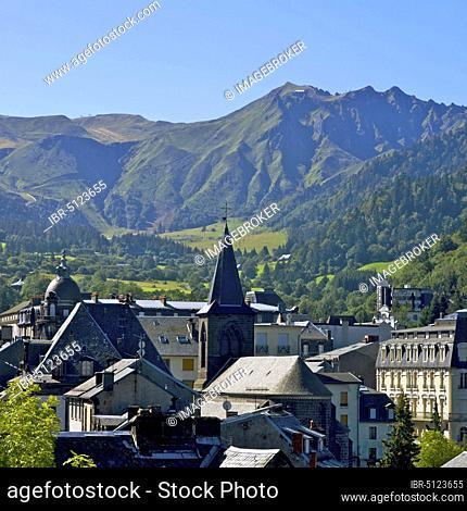 Mont-Dore village, Parc Naturel Regional des Volcans d'Auvergne, Auvergne Volcanoes Regional Nature Park, Puy de Dome, Auvergne, France, Europe