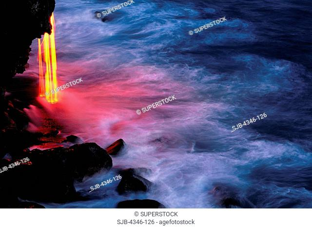 Ribbons of Lava Flow into the Pacific Ocean